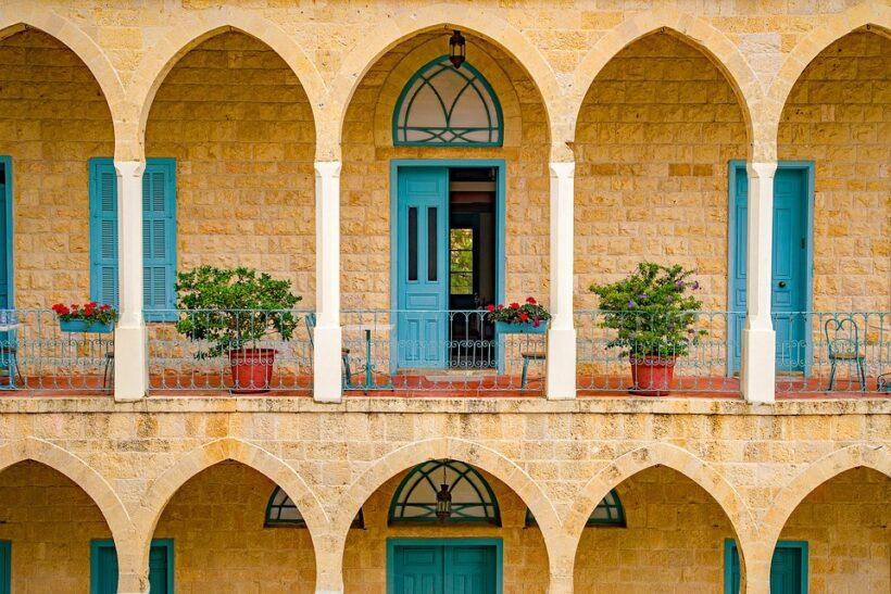 балконски мебели